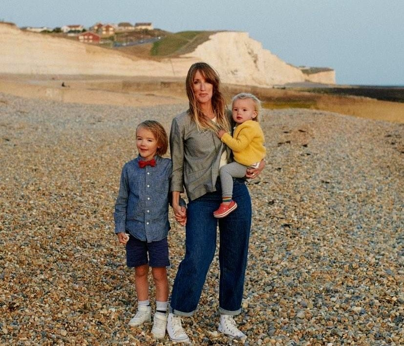 Holly's Frolo Story: Holly and her children at the beach